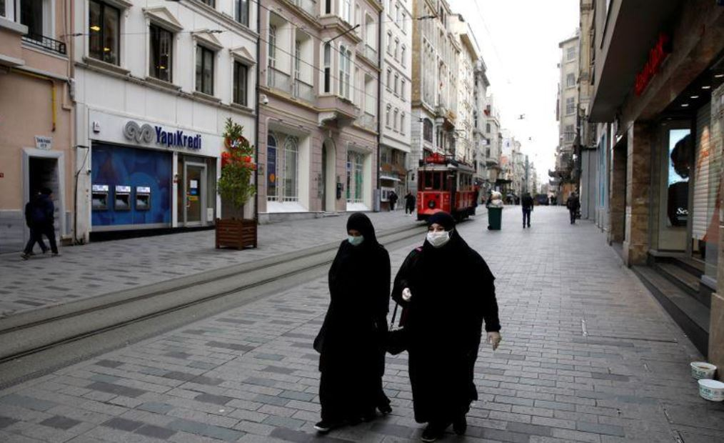 თურქეთში კორონავირუსით ინფიცირებულების გადაადგილებას მობილური ტელეფონებით გააკონტროლებენ