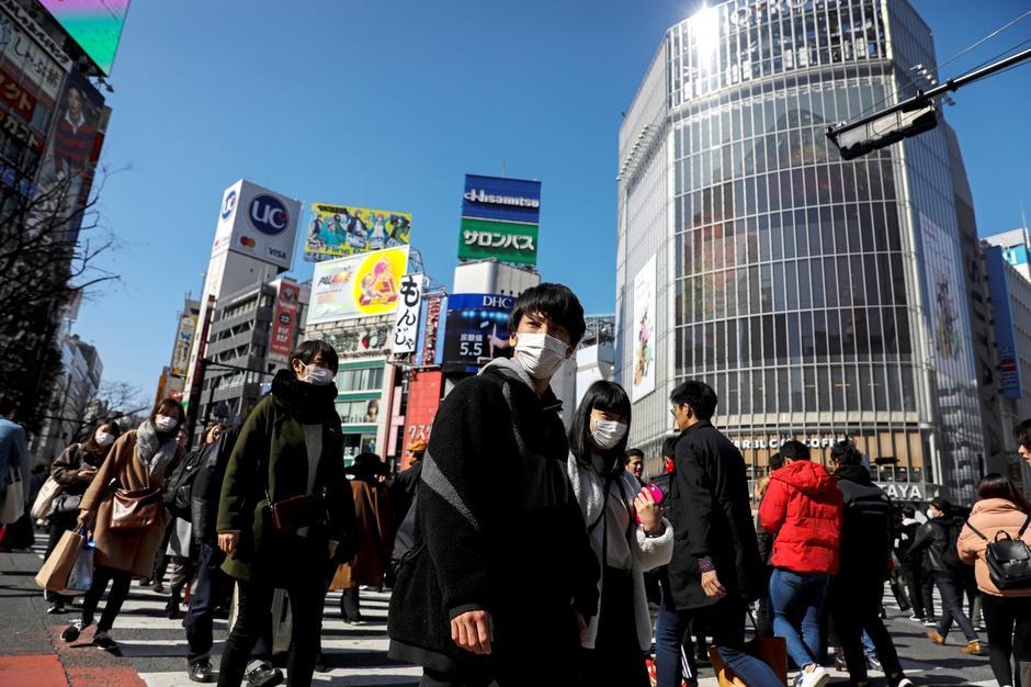 იაპონიაში ბოლო 24 საათში კორონავირუსით ინფიცირებულთა რიცხვი 500-ით გაიზარდა