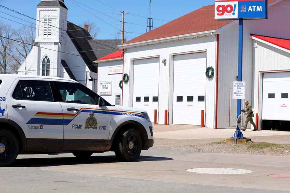 კანადაში შეიარაღებული თავდასხმის შედეგად 16 ადამიანი დაიღუპა