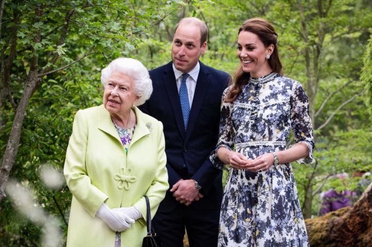 ბრიტანეთის დედოფალი ელისაბედ მეორე 94 წლის გახდა