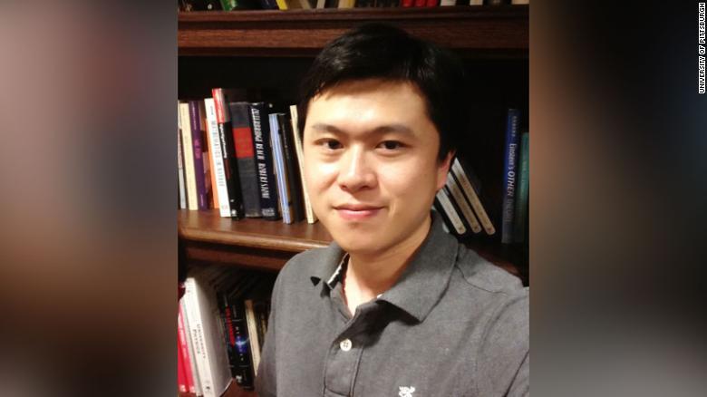 პიტსბურგის უნივერსიტეტის პროფესორი, რომელიც კორონავირუსთან დაკავშირებით მნიშვნელოვან კვლევებში მონაწილეობდა, მოკლული იპოვეს
