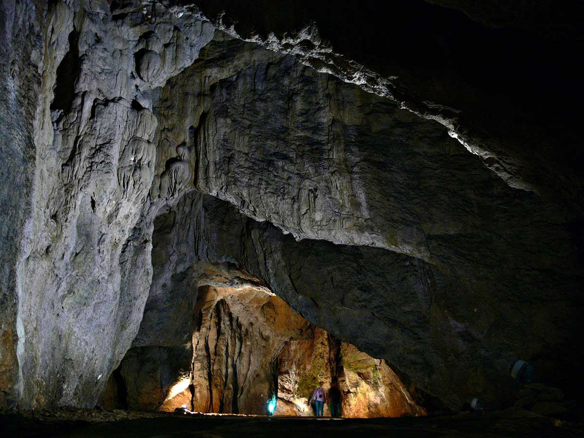 ბულგარეთის ერთ-ერთ მღვიმეში თანამედროვე ადამიანთა ევროპაში უძველესი ძვლები აღმოაჩინეს