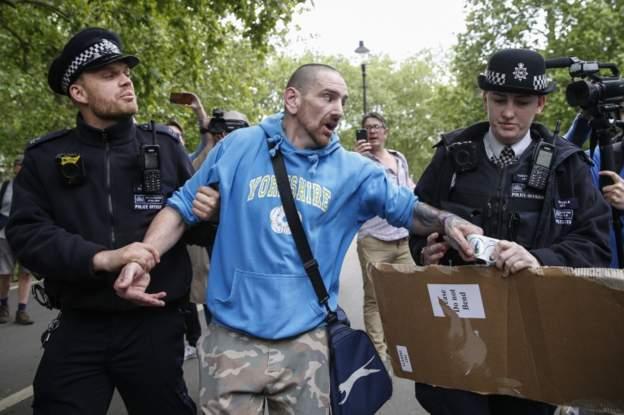 ლონდონში 19 ადამიანი დააკავეს აქციაზე, რომელზეც საყოველთაო კარანტინი გააპროტესტეს