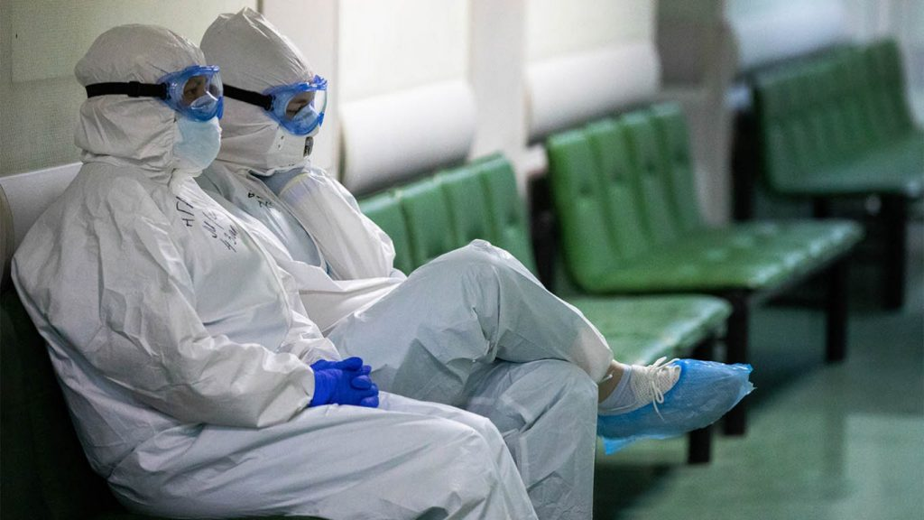 """""""ასოშიეიტედ პრესი"""" - რუსეთში კორონავირუსით 9 000-ზე მეტი მედიკოსი დაინფიცირდა"""