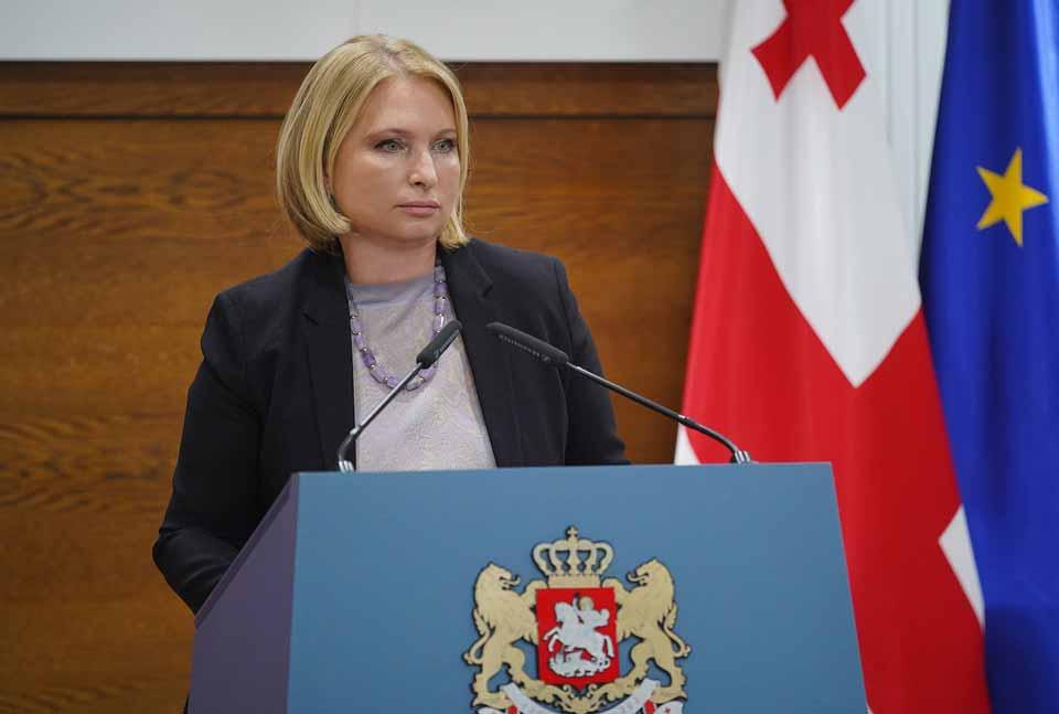 Natiya Turnava - parlamentdə bütün suallara təfərrüatlı cavab verməyə hazırıq
