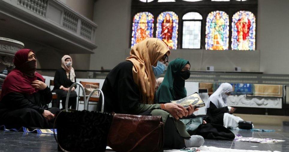ბერლინში ლუთერანულმა ეკლესიამ საკუთარი სამლოცველო მუსლიმ მორწმუნეებს დაუთმო