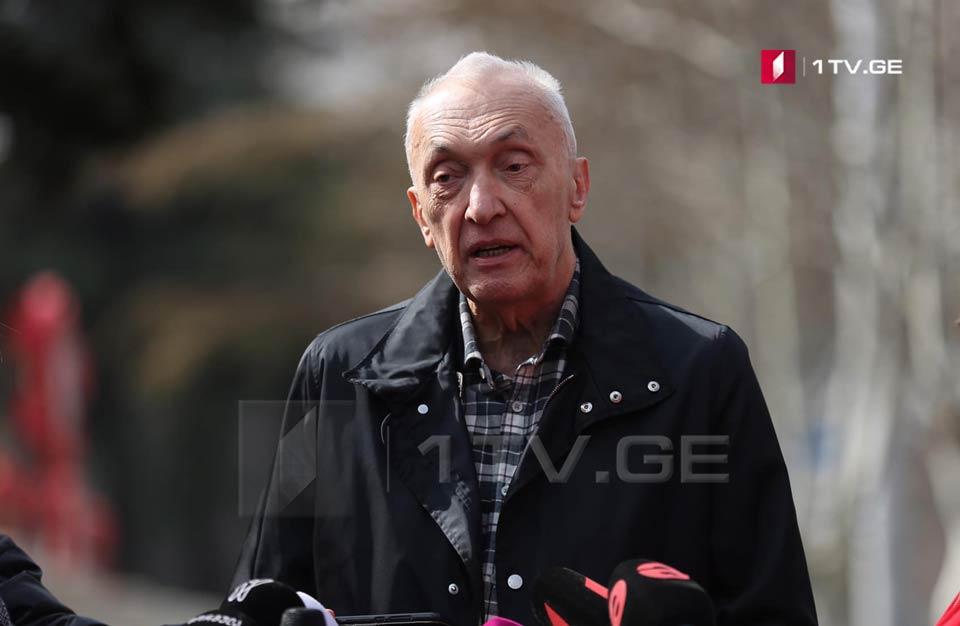 Թենգիզ Ցերտցվաձե. Հայաստանի առողջապահության նախարարը պետք է ներողություն խնդրի