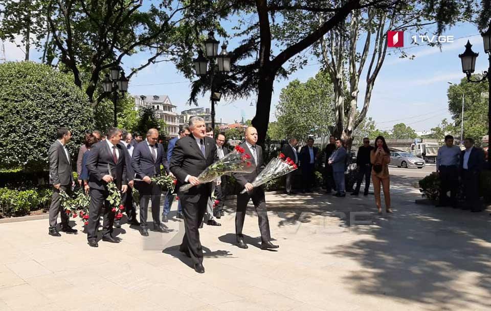 Tbilisidə Azərbaycan Demokratik Respublikasının 102 illik yubileyini qeyd edirlər