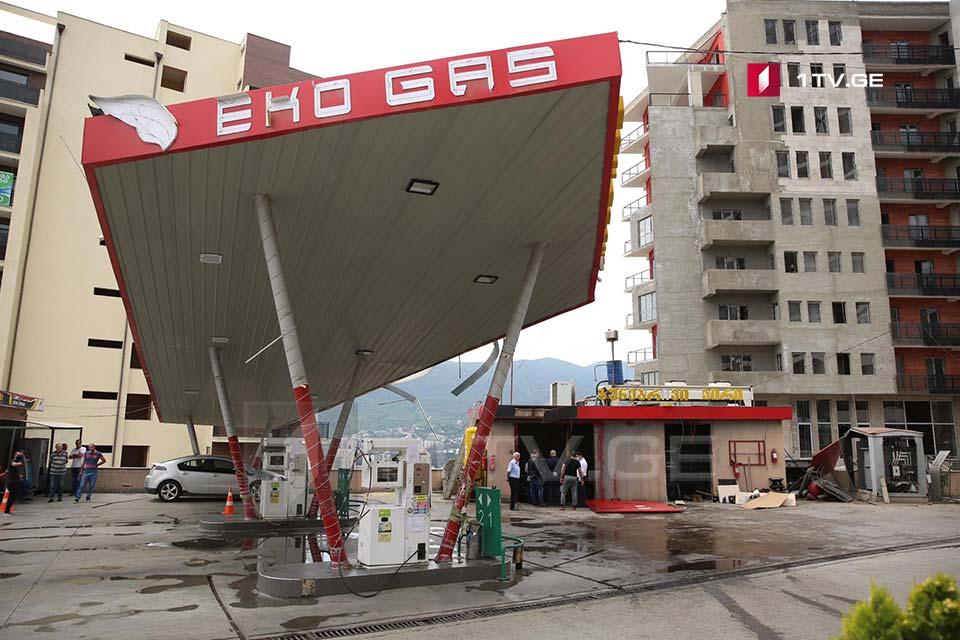 Թբիլիսիում, Ամաշուկելիի փողոցում, որտեղի տեղի էր ունեցել պայթյուն, ընթանում են քննչական գործողություններ (ֆոտո)