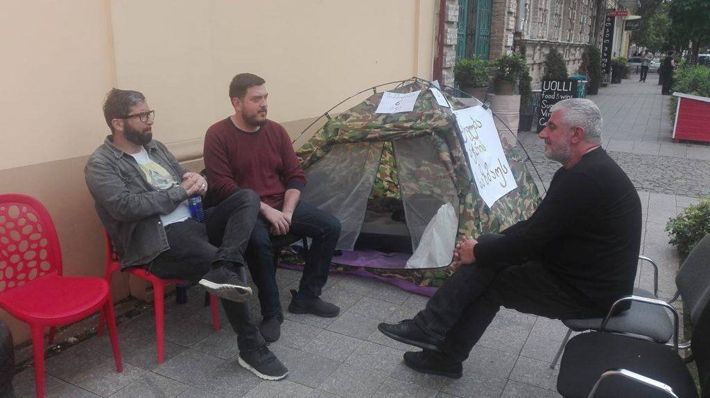 """მოძრაობა """"მე მიყვარს ბათუმის"""" წარმომადგენელი """"ევროპული საქართველოს"""" აჭარის ორგანიზაციას """"ქართულ ოცნებასთან"""" ალიანსში ადანაშაულებს"""
