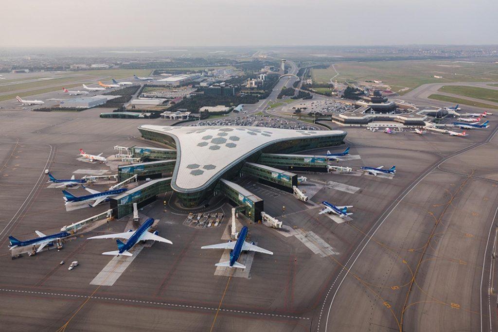 ადგილობრივი მედიის ინფორმაციით, აზერბაიჯანში აეროპორტები პირველ ივლისამდე არ გაიხსნება