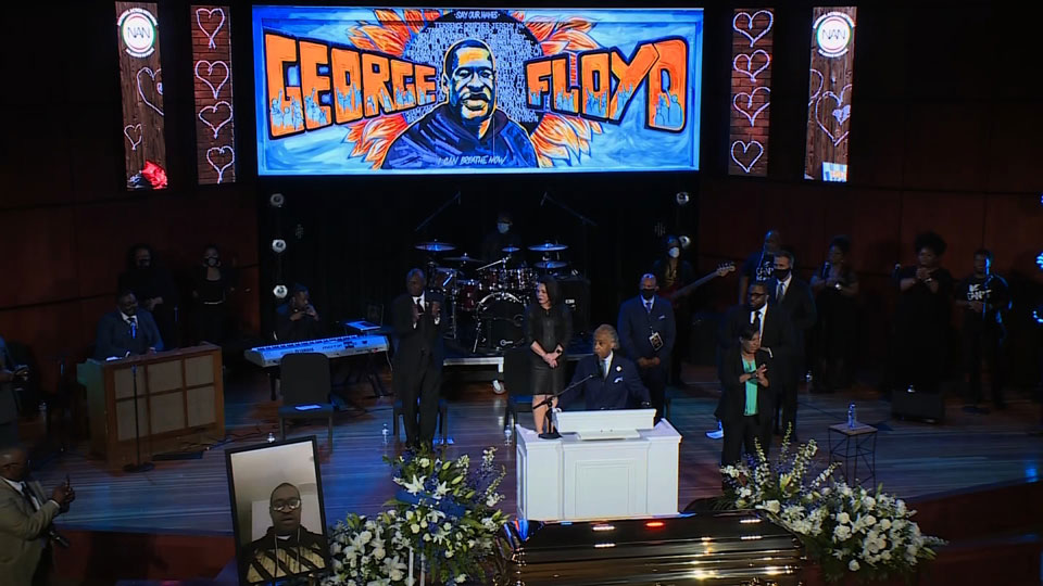 ჯორჯ ფლოიდის ხსოვნას სამოქალაქო პანაშვიდის მონაწილეებმა რვა წუთისა და 46 წამის განმავლობაში პატივი მიაგეს