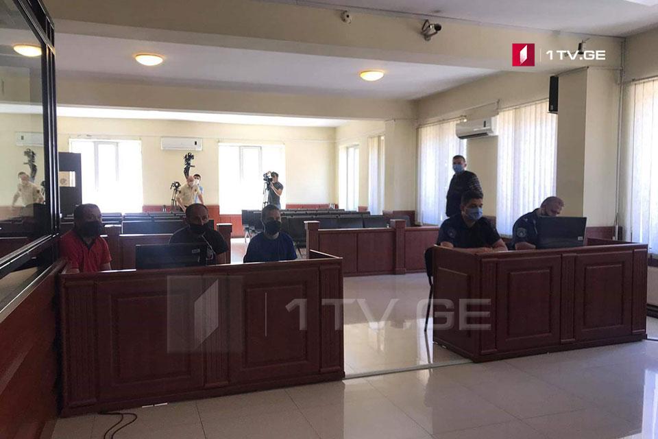ბათუმის საქალაქო სასამართლოში ე.წ. კანონიერი ქურდის, მინდია ლავასოღლის მხარდამჭერ აქციაზე დაკავებულების პროცესი იმართება
