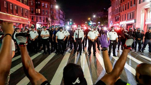 """""""სიენენი"""" - 2018-2019 წლებში ნიუ იორკის პოლიციის წინააღმდეგ საჩივარი 112-მა არასრულწლოვანმა დაწერა"""