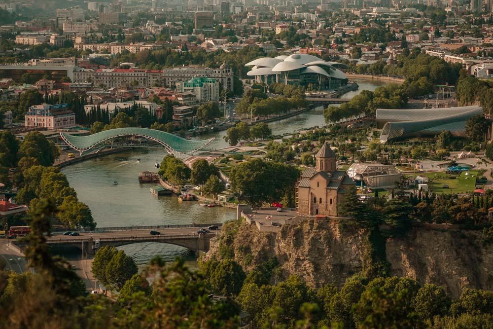 Болгарский туристический журнал публикует статью о Грузии