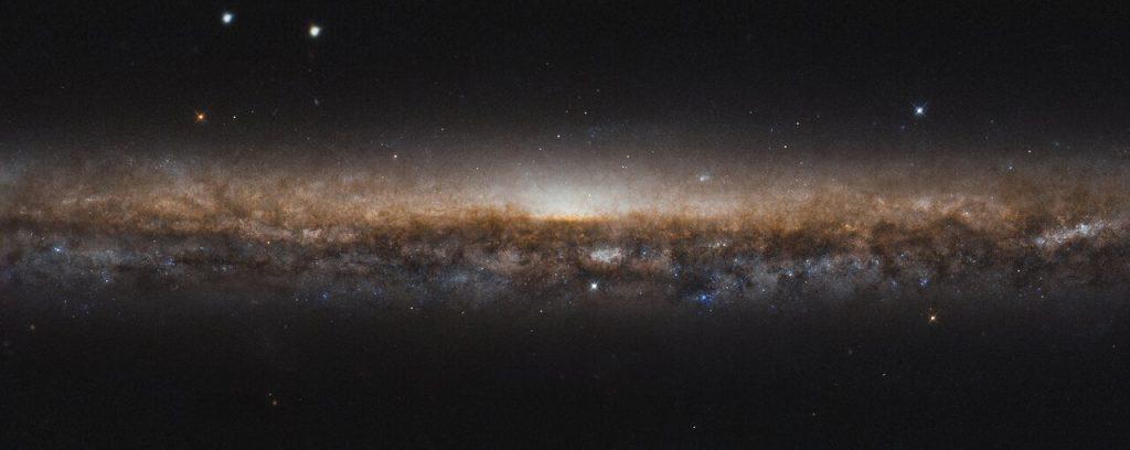 დანის პირის გალაქტიკის ახალი, შთამბეჭდავი ფოტო ჰაბლისგან