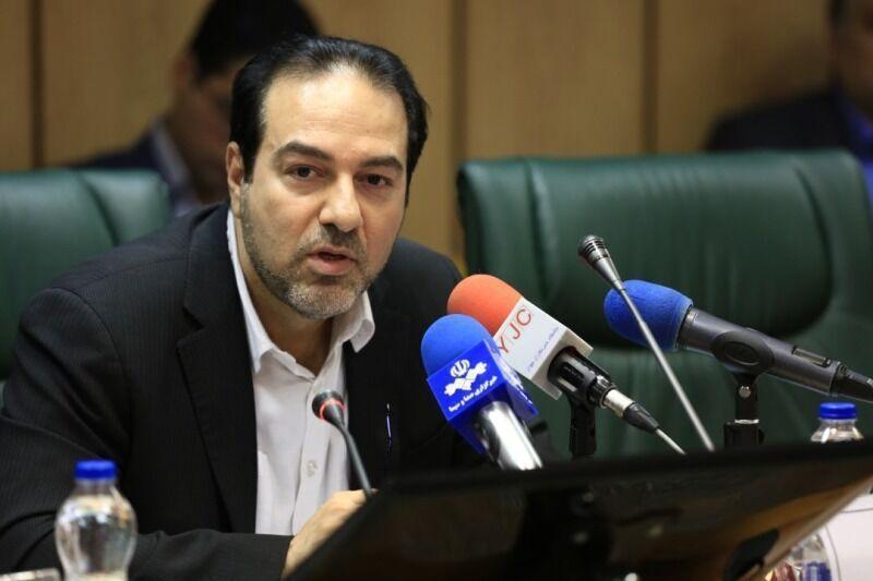 İran Səhiyyə naziri bəyan edir ki, ölkədə maskanın gəzdirilməsi məcburi olmalıdır