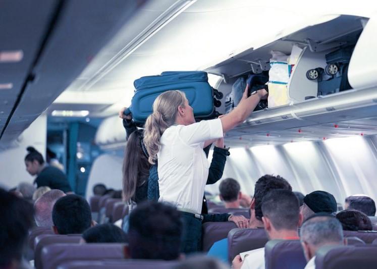 იტალიაში თვითმფრინავის ზედა თაროებზე ბარგის განთავსება აკრძალული იქნება