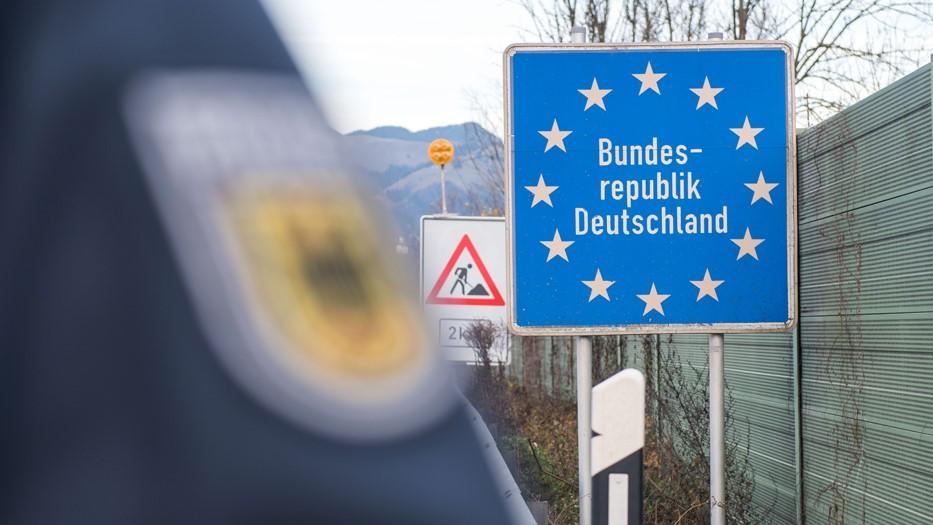 Германия приняла решение об открытии границы для граждан Грузии