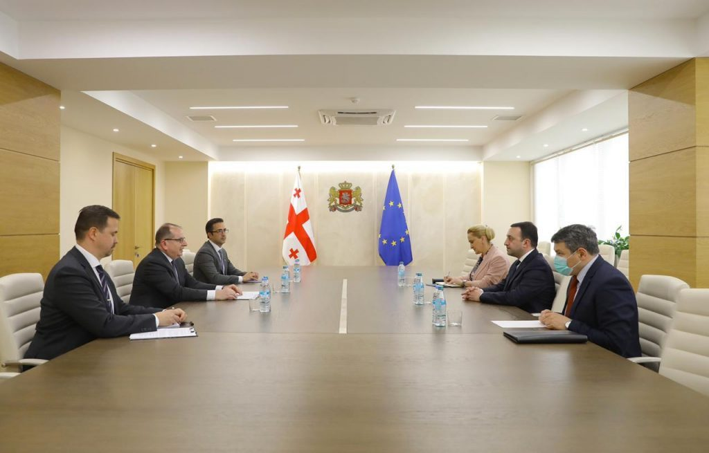 İrakli Ğaribaşvili Avropa İttifaqının müşahidəçilər missiyasının yeni rəhbəri ilə görüşdü