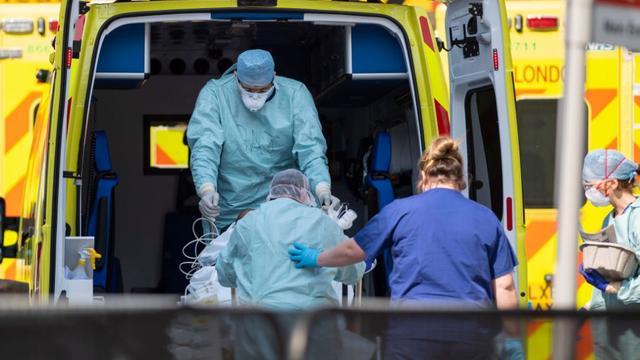 ბრიტანეთში ბოლო დღე-ღამეში კორონავირუსით ინფიცირებული 608 ადამიანი გარდაიცვალა