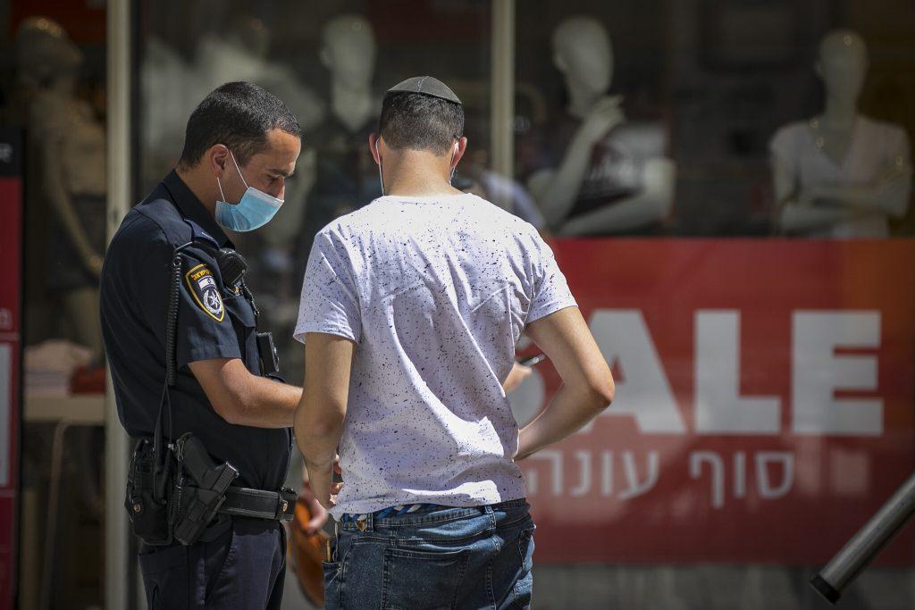ისრაელი კორონავირუსის შემთხვევების ზრდის გამო ახალი რეგულაციების დაწესებას გეგმავს