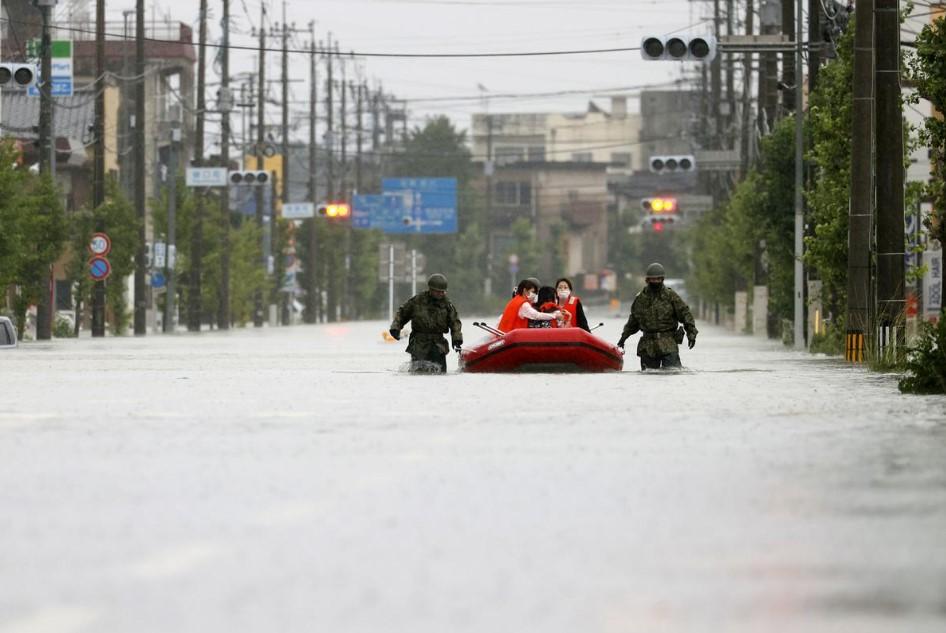 იაპონიის სამხრეთ-დასავლეთით რამდენიმე პრეფექტურაში ძლიერი წვიმის გამო მოსახლეობის ევაკუაცია გამოცხადდა