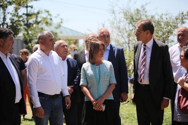 A rural-type settlement will be built for IDPs in Marneuli