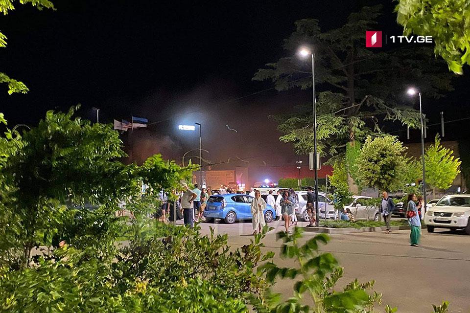 """წინანდლის  """"რადისონის"""" გენერალური დირექტორი - ცეცხლი სასტუმროს მეოთხე სართულზე, ოთახში გაჩნდა, ხანძრის გავრცელების საშიშროება არ არის"""