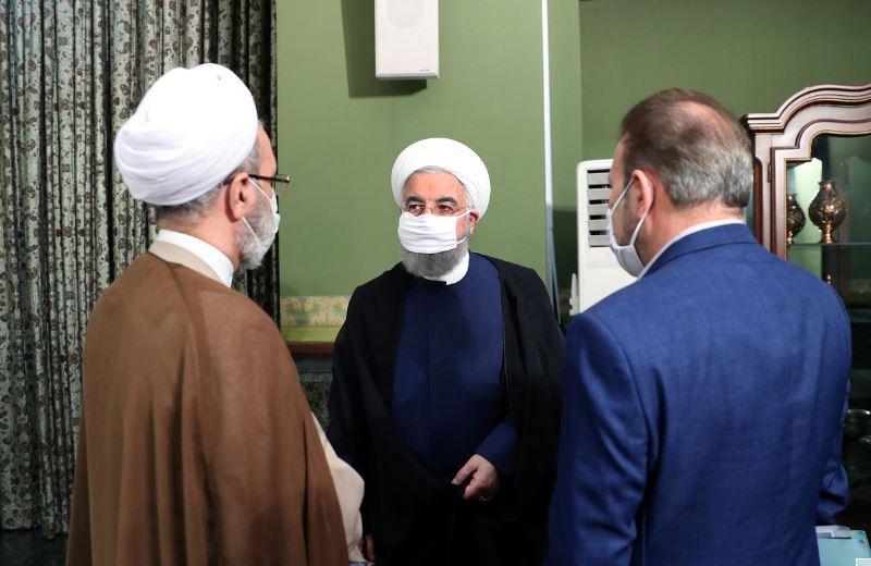 ირანის პრეზიდენტის გადაწყვეტილებით, ქვეყანაში დიდი შეკრებები, მათ შორის ქორწილები და პანაშვიდები აიკრძალა