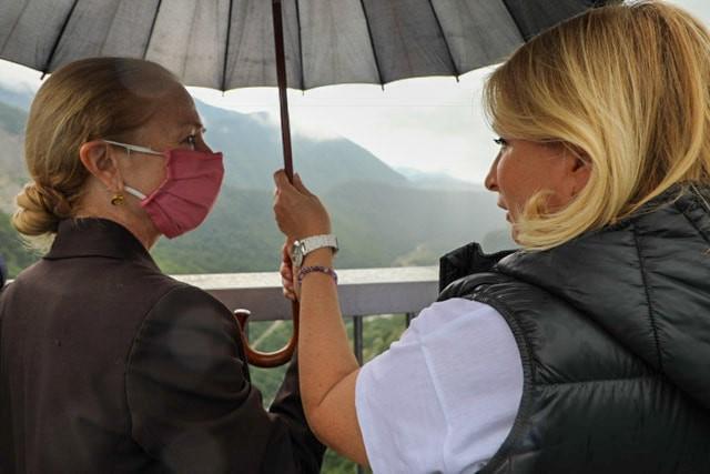 კელი დეგნანმა ნათია თურნავასადა ქალ ბიზნესმენებთან ერთადსამეგრელო-ზემო სვანეთში იმოგზაურა
