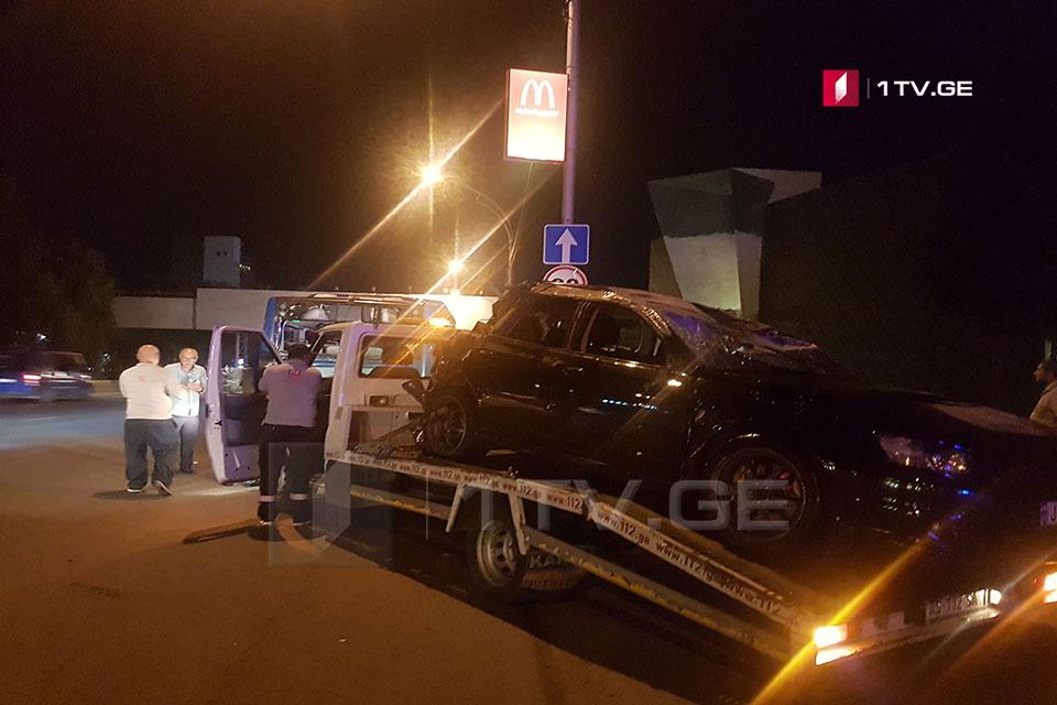 თბილისში, აღამაშენებლის ხეივანში ავარიის შედეგად ოთხი ადამიანი დაშავდა