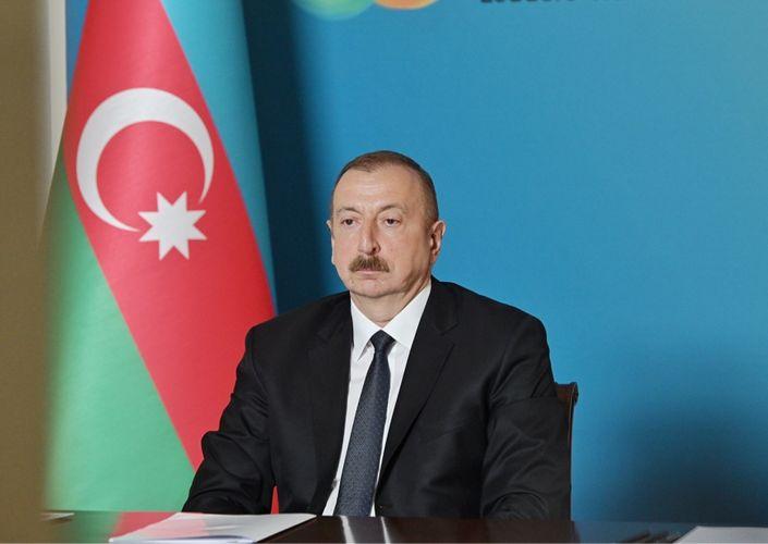 В Азербайджане объявлено военное положение