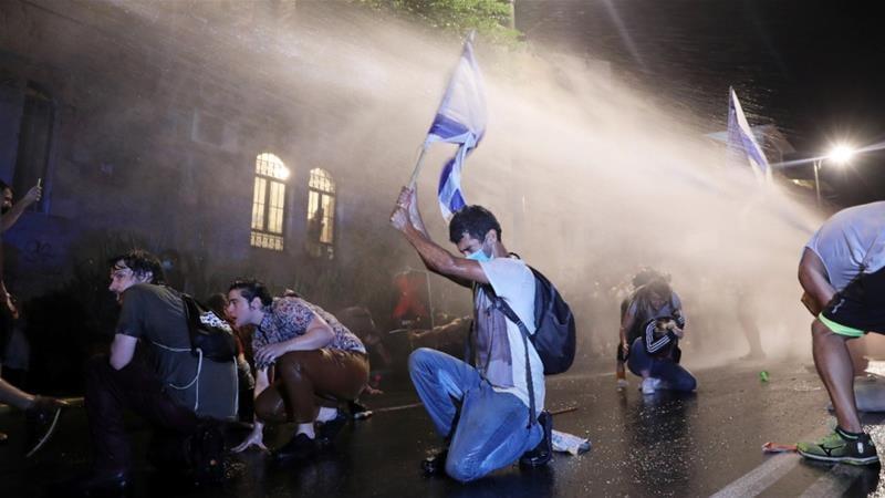 ისრაელში ანტისამთავრობო აქციების დასაშლელად პოლიციამ წყლის ჭავლი გამოიყენა