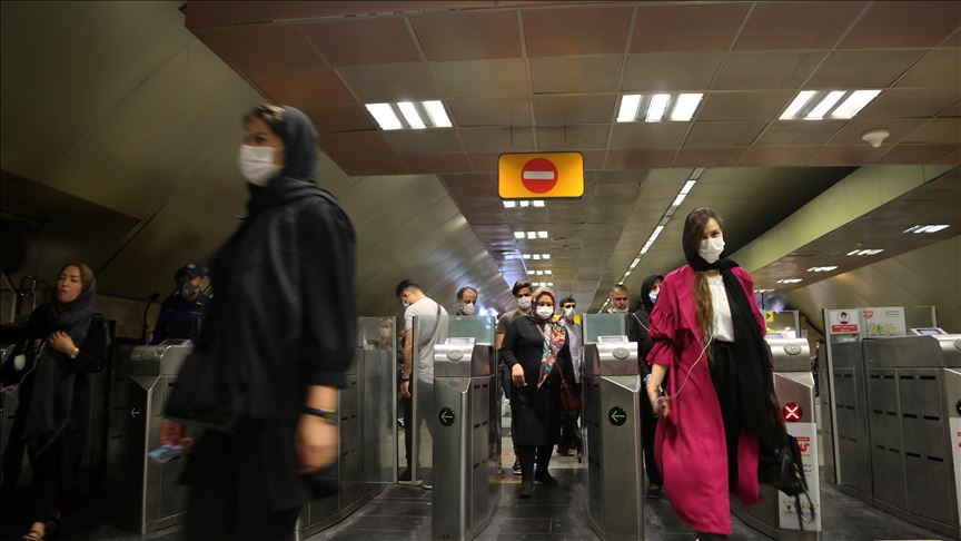 İranda koronavirusun 2 414 yeni halı aşkar edildi, 217 insan vəfat etdi