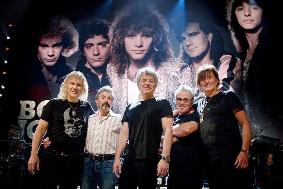 მთელი ეს როკი - ჯგუფი, რომლის ლიდერის თქმით, მასზე უკეთესი სამსახური მხოლოდ აშშ-ს პრეზიდენტს აქვს - Bon Jovi / 1992 - პირველი წელი საბჭოთა იმპერიის დაშლის შემდეგ