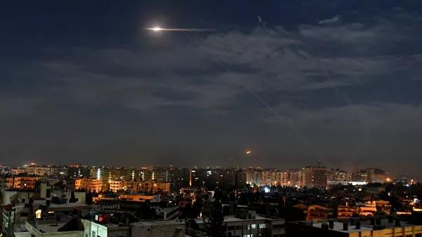 სირიის თავდაცვის სამინისტროს ინფორმაციით, ისრაელის სამხედრო ავიაციამ გოლანის სიმაღლეებიდან დამასკოს მახლობლად სამიზნეებზე იერიში მიიტანა