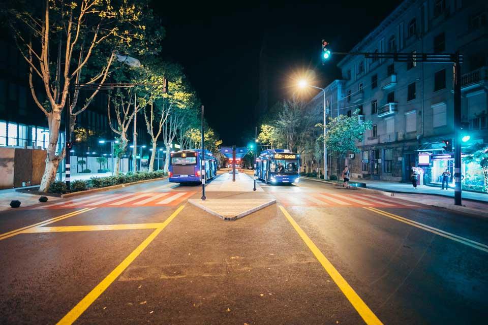 ჭავჭავაძის გამზირზე მუნიციპალური ტრანსპორტის ახალი სამოძრაო სქემით სატესტო მოძრაობა დაიწყო