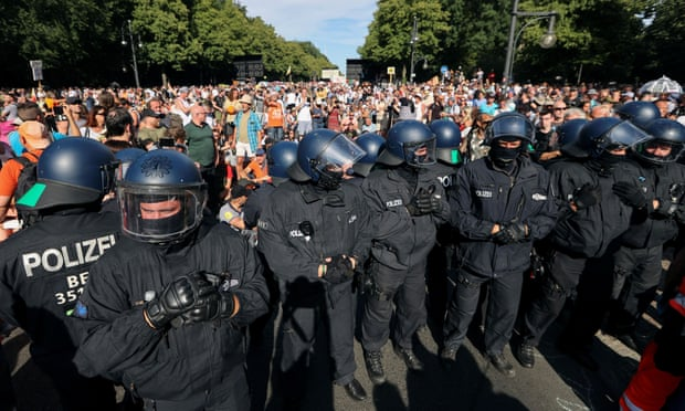 ბერლინში საპროტესტო აქციაზე 45 პოლიციელი დაშავდა