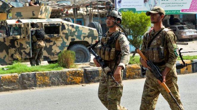 """""""ბიბისის"""" ინფორმაციით, """"ისლამური სახელმწიფოს"""" მებრძოლები ავღანეთში ციხეს დაესხნენ თავს"""