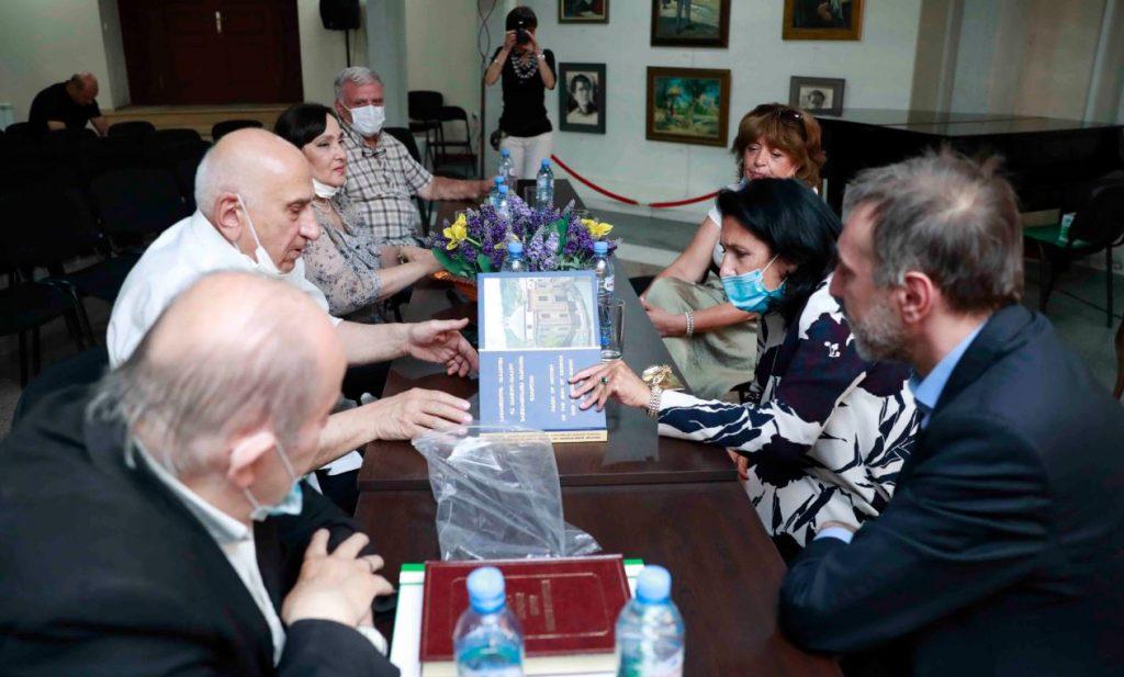 Саломе Зурабишвили обсудила с еврейской общиной вопросы туризма, экономического и культурного развития села Лаилаши