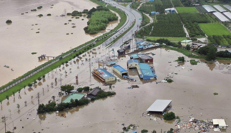 სამხრეთ კორეაში მიმდინარე თვეში ძლიერი წვიმისა და მეწყერის შედეგად სულ მცირე 30 ადამიანია გარდაცვლილი