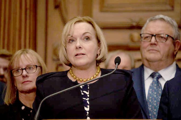 ახალი ზელანდიის საპარლამენტო ოპოზიცია პრემიერს მოუწოდებს, სექტემბერში დაგეგმილი არჩევნები კორონავირუსის გამო გადადოს