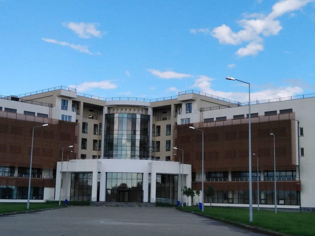 რუხის რესპუბლიკურ საავადმყოფოში კორონავირუსი კიდევ 18-მა პაციენტმა დაამარცხა