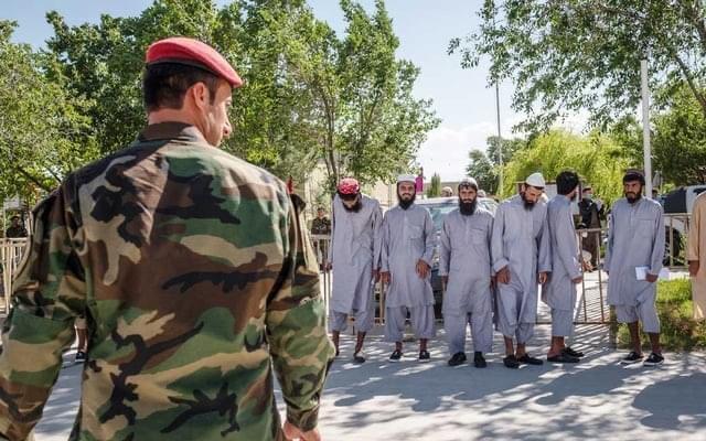 ავღანეთის ხელისუფლებამ ციხეებიდან თალიბების ბოლო ჯგუფების გათავისუფლება დაიწყო