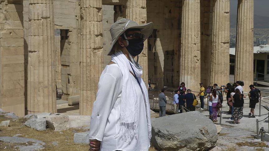 კორონავირუსის შემთხვევების მატების გამო საბერძნეთში შეზღუდვები ხელახლა დააწესეს