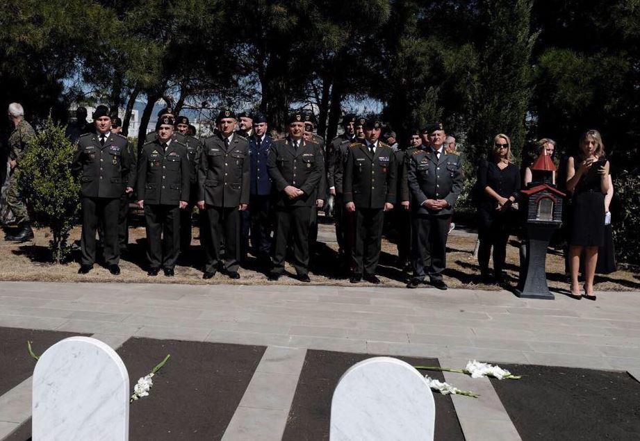აფხაზეთის ოკუპირებული ტერიტორიიდან გადმოსვენებული, შეიარაღებული კონფლიქტისას დაღუპული სამხედროები დიღმის ძმათა სასაფლაოზე დაკრძალეს