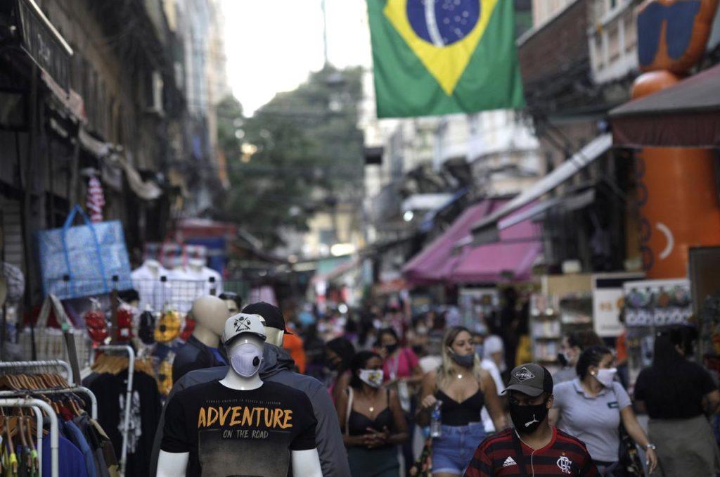 """ბრაზილიაში გასული დღე-ღამის განმავლობაში """"კოვიდ-19""""-ით 2 027 პაციენტი გარდაიცვალა"""
