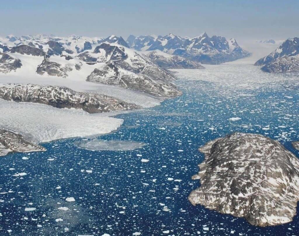 """გრენლანდიის ყინულის საფარმა უკვე გადალახა """"უკან არდაბრუნების"""" წერტილი — ახალი კვლევა #1tvმეცნიერება"""