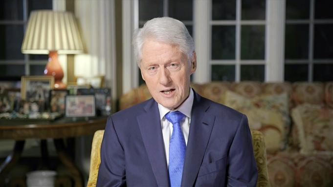 ბილ კლინტონი აცხადებს, რომ დონალდ ტრამპის პრეზიდენტობის პირობებში თეთრ სახლში ქაოსია